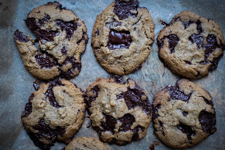 Low Carb Chocolate Chip Cookies (Paleo, Keto)